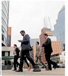 Ejecutivos desempleados ven al emprendimiento como opción